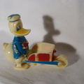 RW 09 Donald Duck & barrow