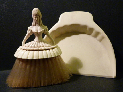 Betterwear moulded lady dustpan and brush
