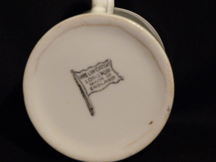 1937 Royal Commemorative mug - base view